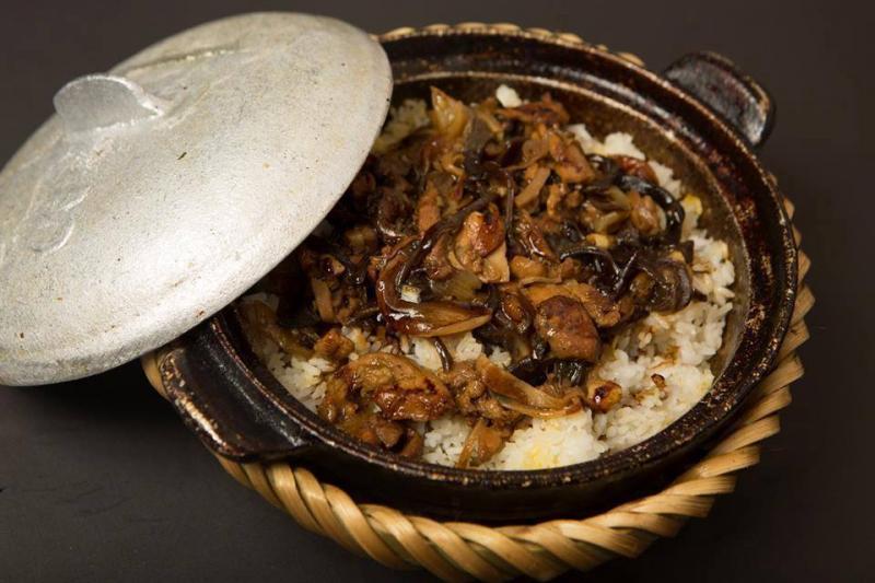 Kombo claypot rice