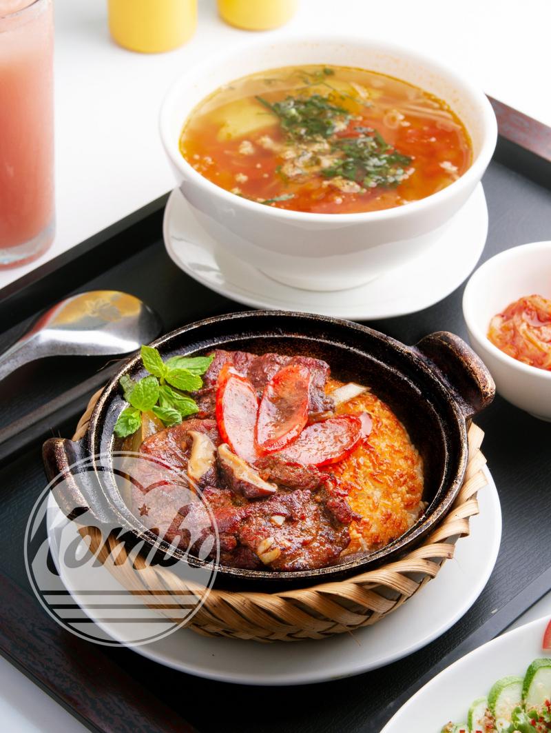 Cơm niêu Singapore Kombo