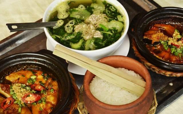 Những món ăn dân dã ở Cơm Niêu Thím Ba