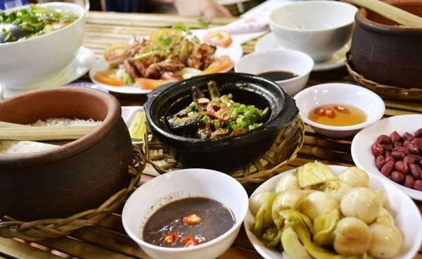 Cơm niêu Thuận Thành, hương vị gia đình.