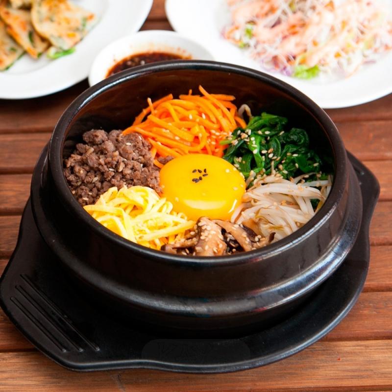 Cơm trộn ba chỉ bò Hàn Quốc ngon đúng điệu