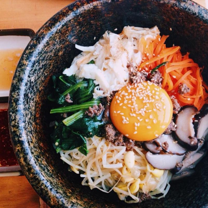 Món cơm trộn độc đáo của Gogi House