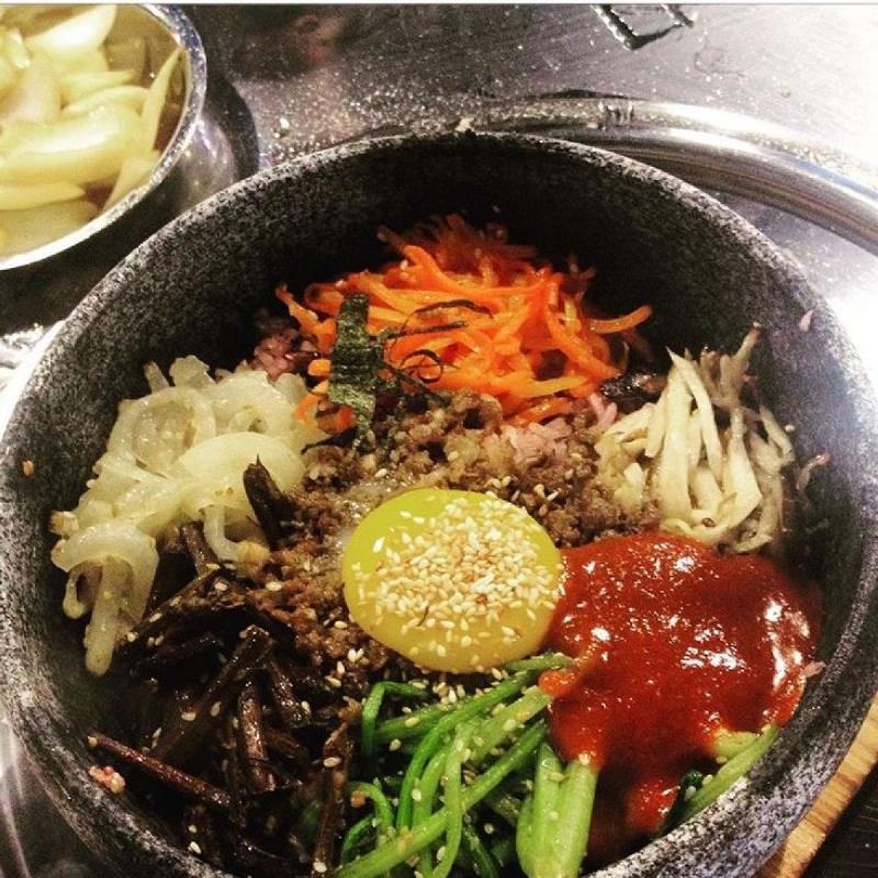 Cơm trộn Hàn Quốc tại K-pub - Korean BBQ Garden