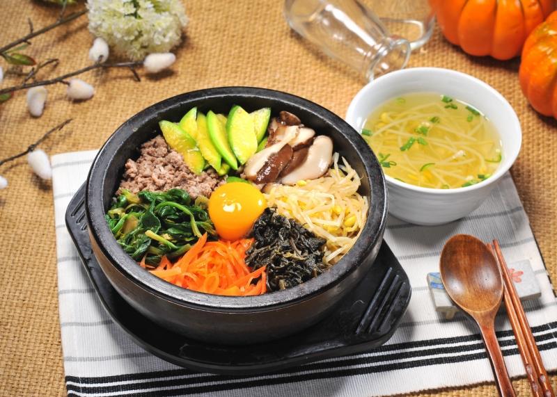 Cơm trộn Hàn Quốc tại Kim chi Quán