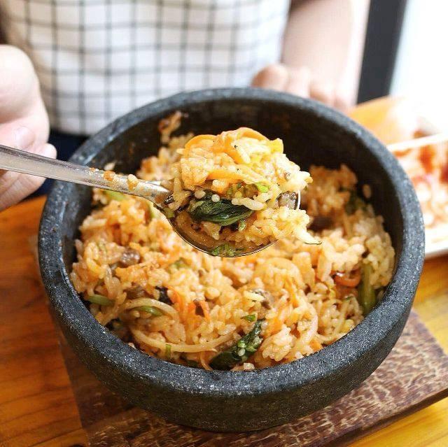 Cơm trộn Hàn Quốc tại  Kores Corner