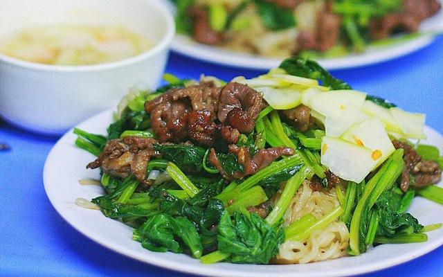 Cơm Việt Nam - Âu Triệu