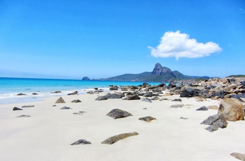 Biển xanh ở Côn Đảo