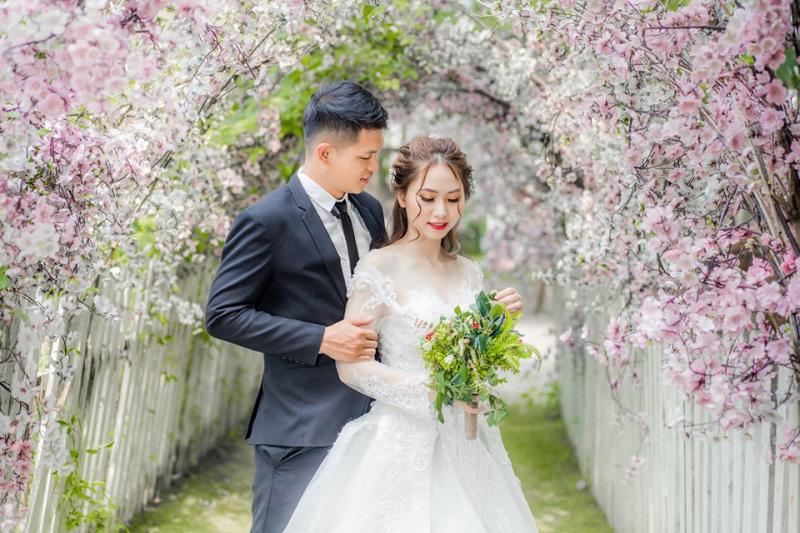 Chụp hình cưới trên Đỉnh núi Tình Yêu