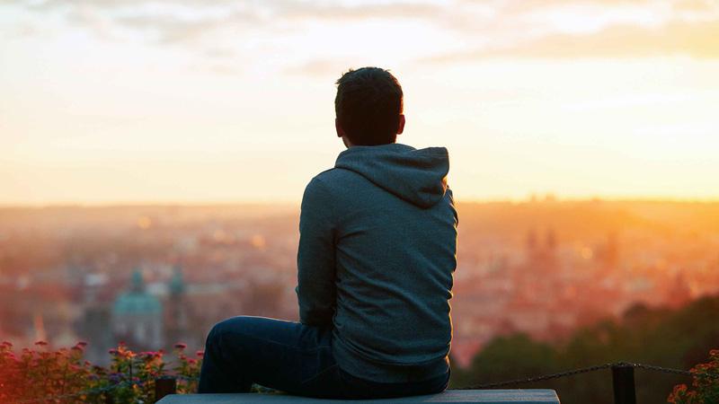 Con người cũng cô đơn trong thế giới của chính mình