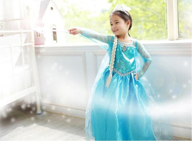 nàng Elsa tinh nghịch