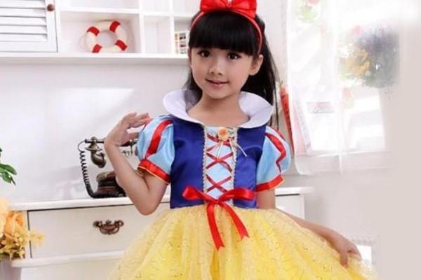 Công chúa Bạch Tuyết đáng yêu