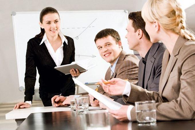 Công khai khen ngợi nhân viên