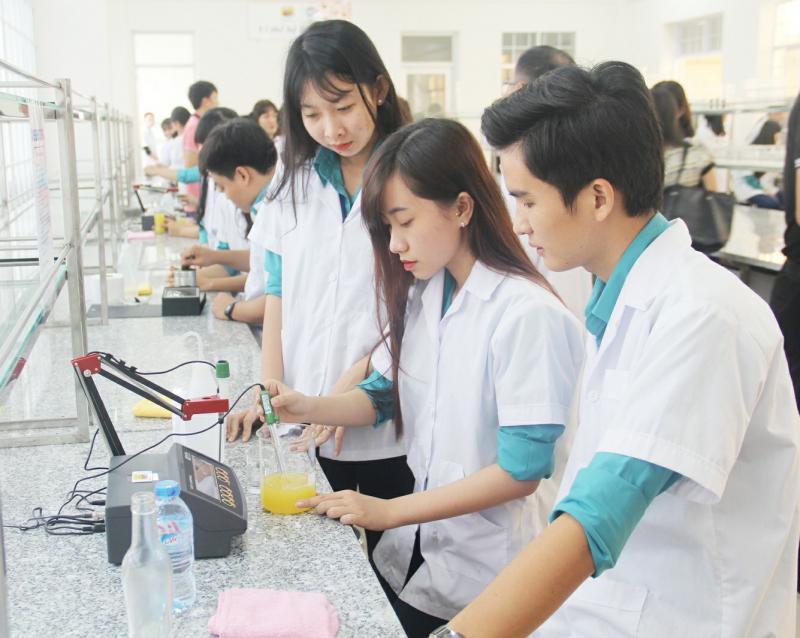 Ngành công nghệ thực phẩm được xếp vào vị trí thứ hai trong ba nhóm ngành nghề có xu hướng dẫn đầu về khả năng thu hút nguồn nhân lực cao trong giai đoạn 2020-2025