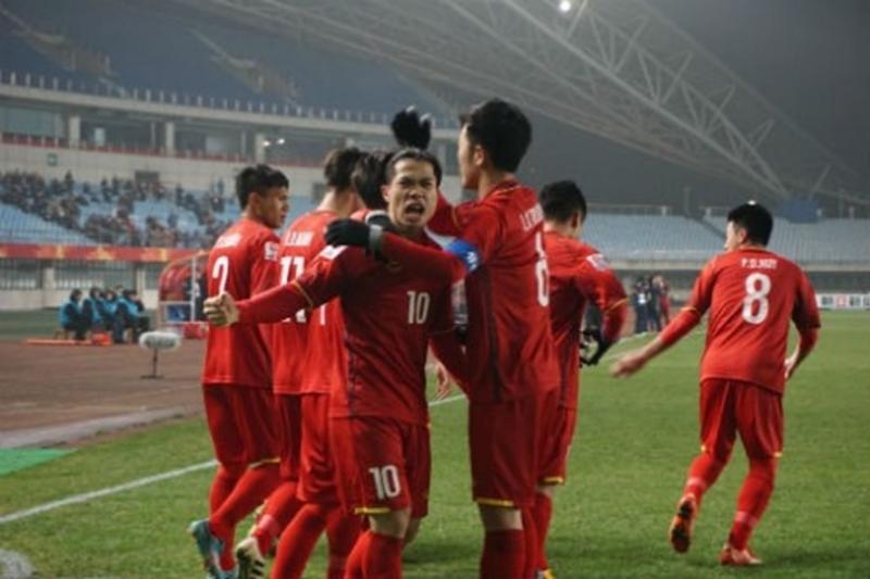 Khoảnh khắc Công Phượng ăn mừng pha lập công vào lưới U23 Iraq tại Tứ kết