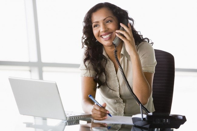 Cộng tác viên tư vấn qua điện thoại là một trong những việc làm thêm tại nhà cho sinh viên hot nhất