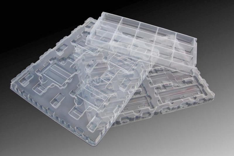 Công ty hiện đang sản xuất và cung cấp các sản phẩm sau: khay nhựa đựng linh kiện điện tử, khay nhựa đựng thực phẩm, khay nhựa làm bao bì sản phẩm,…
