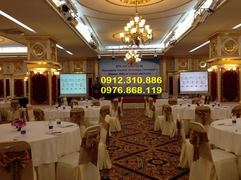 Top 9 địa chỉ cho thuê máy chiếu uy tín nhất tại Hà Nội