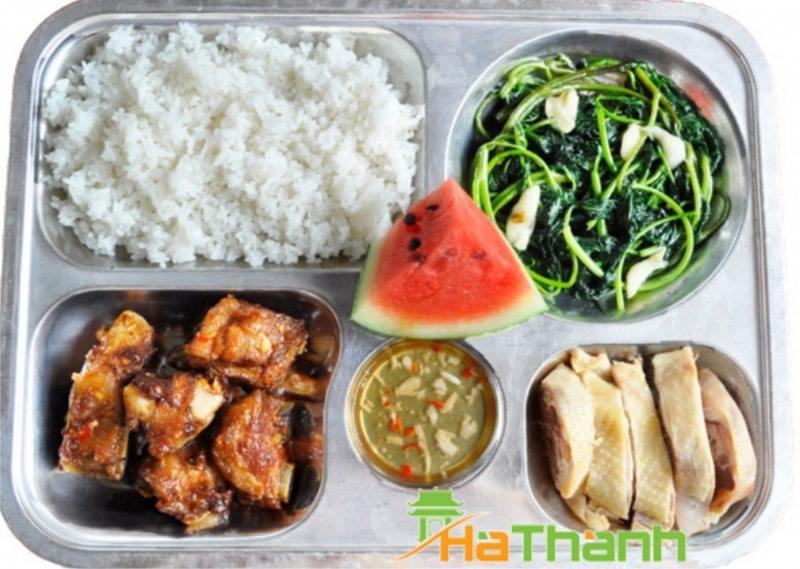 Suất ăn của công ty cổ phần dịch vụ Hà Thành
