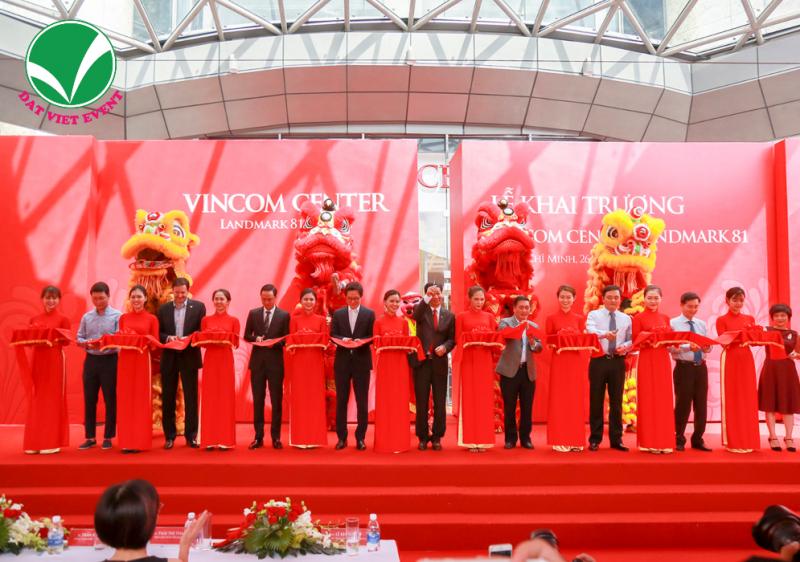 Đất Việt Event sẽ đem đến cho quý khách hàng dịch vụ tổ chức lễ khai trương trọn gói chuyên nghiệp