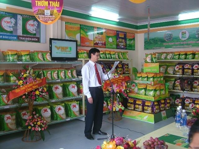 Công ty cổ phần phân phối bán lẻ VNF1 chuyên kinh doanh gạo