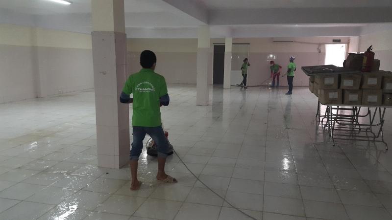 Dịch vụ vệ sinh công nghiệp của công ty.