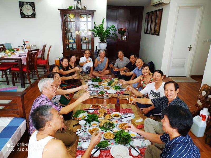 Tiệc Hưng Thịnh