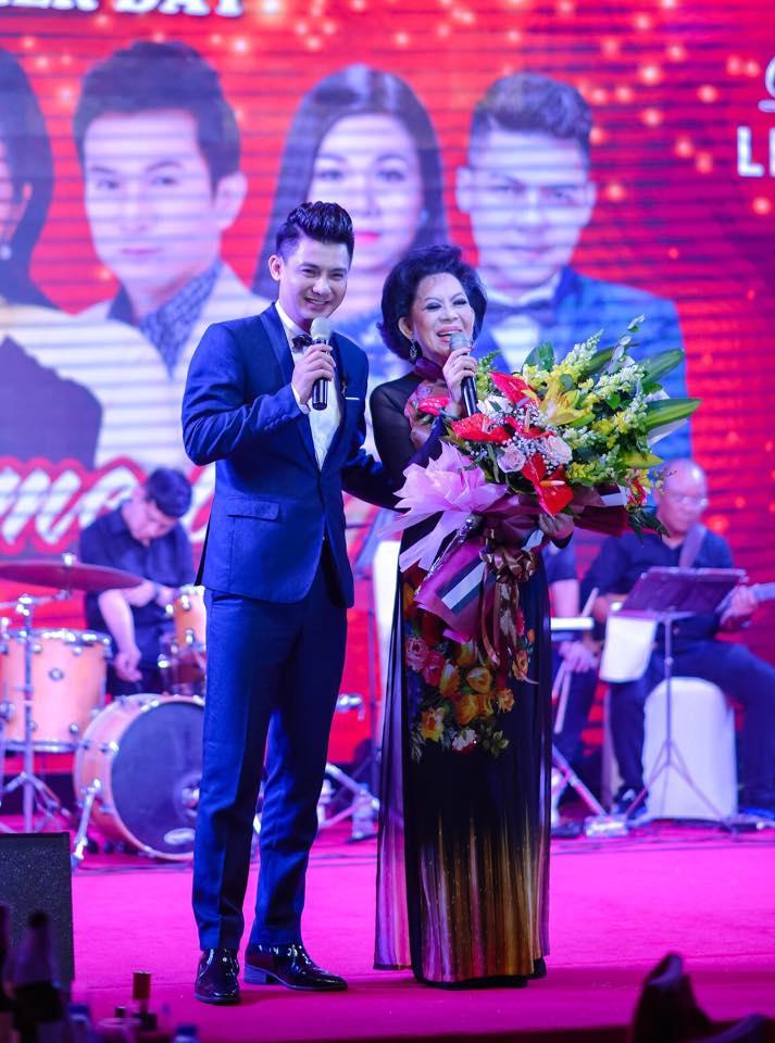 """Công ty Tổ Chức Sự Kiện Tuấn Việt cung cấp MC ngoài yếu tố ngoại hình, khả năng ăn nói thì kiến thức rộng, vốn từ phong phú và cái """"duyên"""" trên sân khấu"""