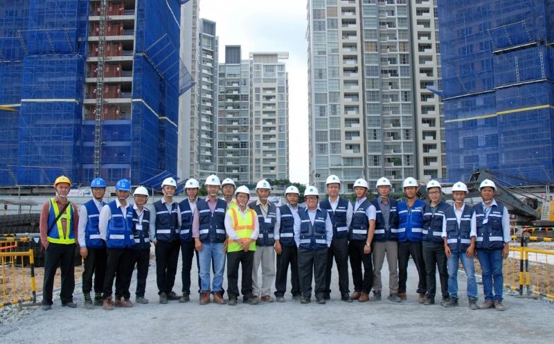 Đội ngũ công nhân viên của công ty là đội ngũ lành nghề và giàu kinh nghiệm.