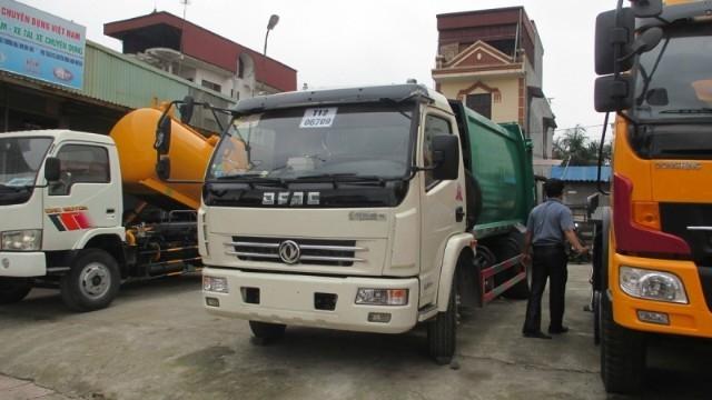 Công ty cổ phần Xuất Nhập Khẩu ô tô và xe chuyên dụng Việt Nam