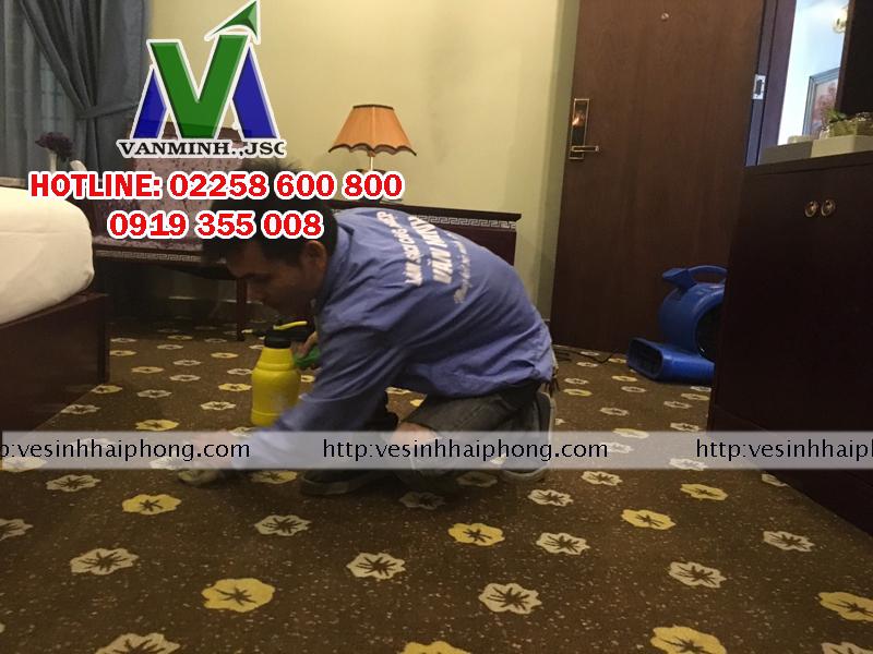 Công ty CPTM và Làm sạch công nghiệp Văn Minh