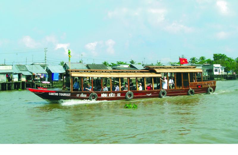 Mekong Delta Explorer tự hào là thương hiệu của thổ địa. Đội ngũ hướng dẫn viên chính hiệu bản xứ