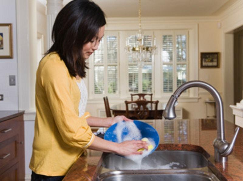Dịch vụ giúp việc nhà ăn ở lại.
