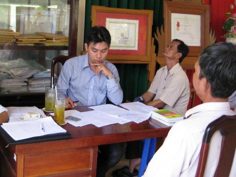 Đội ngũ luật sư tư vấn cho khách hàng