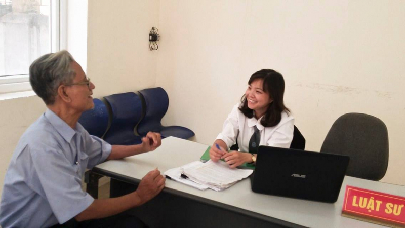 Tư vấn cho thân chủ của công ty Luật TNHH LEVINA