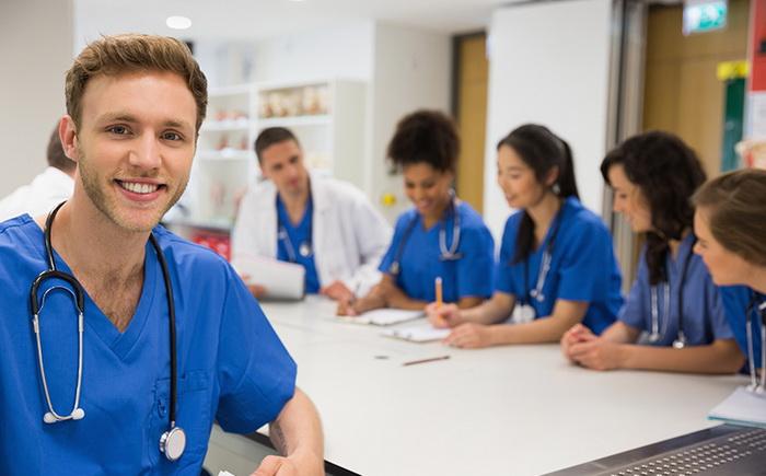 Với đội ngũ gồm những y, bác sĩ, nữ hộ sinh, điều dưỡng tâm huyết