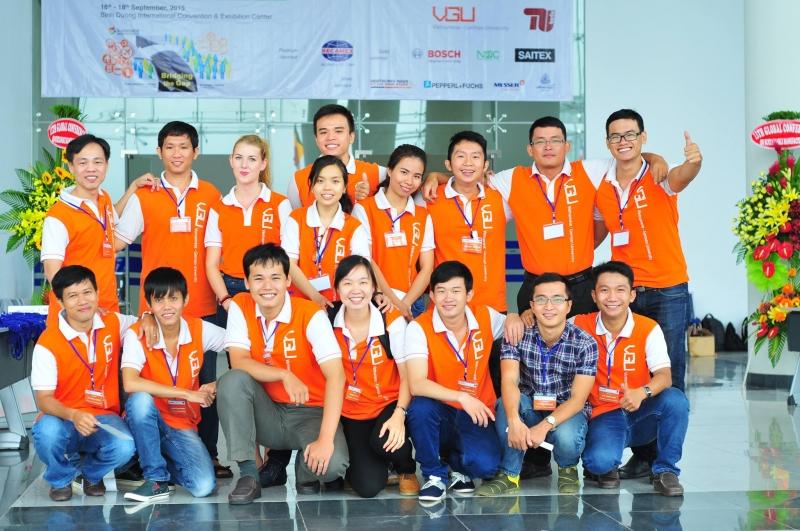 Đội ngũ nhân viên chuyên nghiệp của công ty Safe Solution