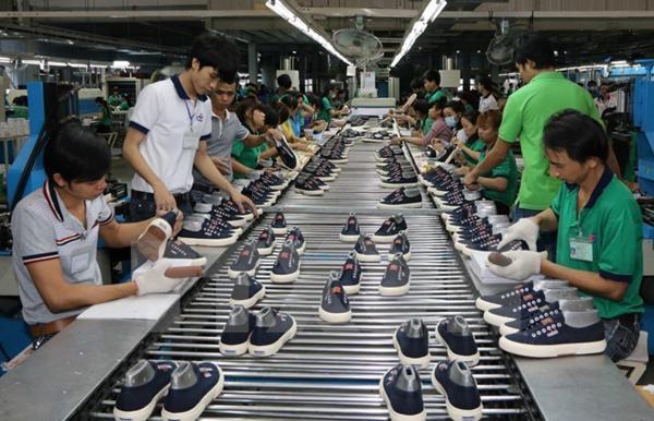 Top 6 công ty sản xuất giày dép giá rẻ và uy tín nhất tại Hà Nội