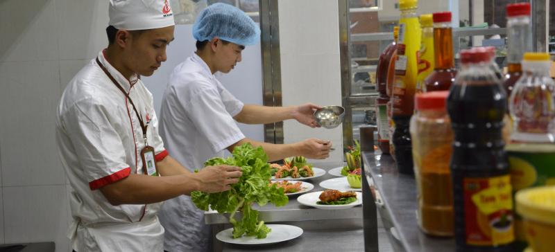 Bếp Lửa Việt đã trở thành đối tác tin cậy và uy ín cho nhiều trường học uy tín như: Trường THPT Nhân Việt, Trường THCS - THPT Hoa Sen...
