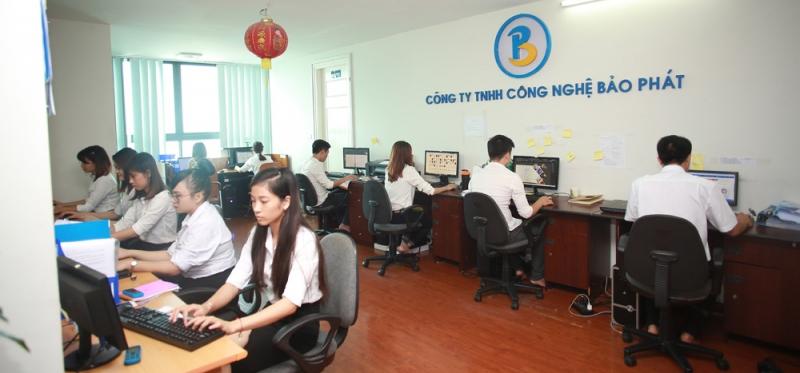 Đội ngũ nhân viên tại văn phòng công ty Bảo Phát