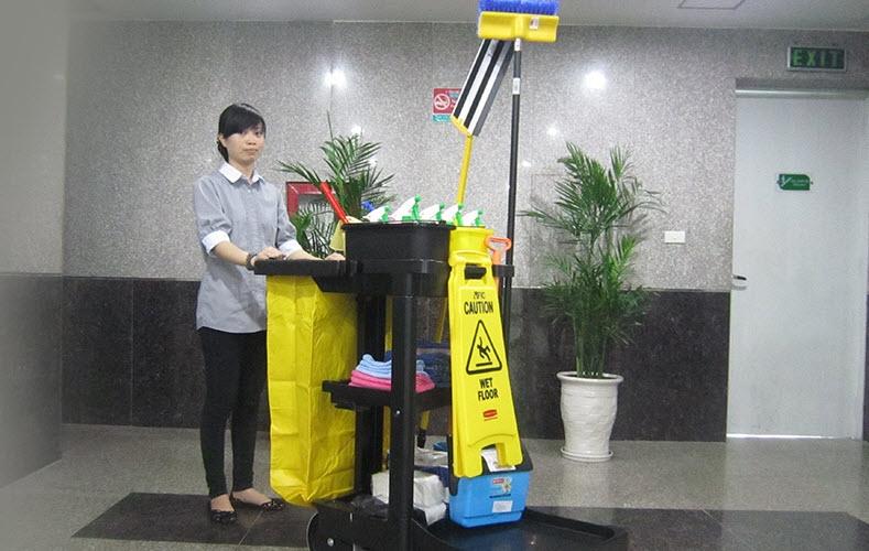 Dịch vụ vệ sinh công nghiệp của Công Ty TNHH Đầu Tư Thương Mại Và Dịch Vụ Quốc Tế Hoàn Mỹ tại Phú Quốc.