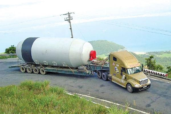 Trung Hiếu Container đảm bảo hàng hóa của khách hàng được vận chuyển đến đúng nơi và đúng thời gian