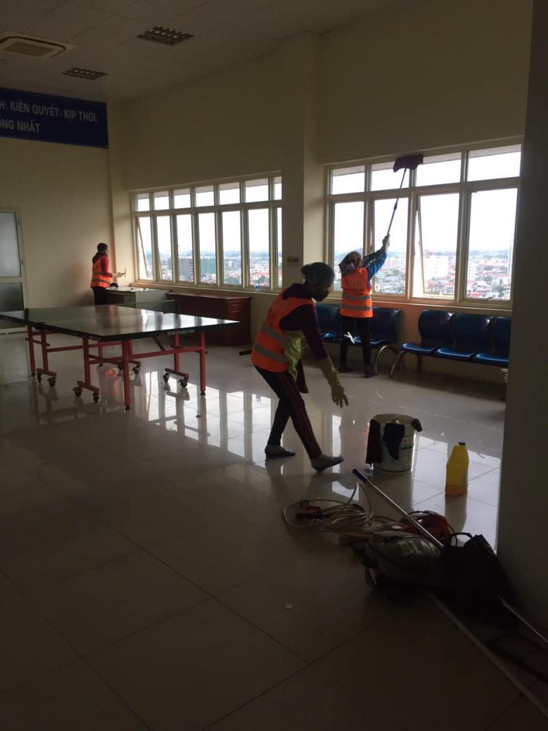 Công ty TNHH dịch vụ vệ sinh công nghiệp Hà Vũ