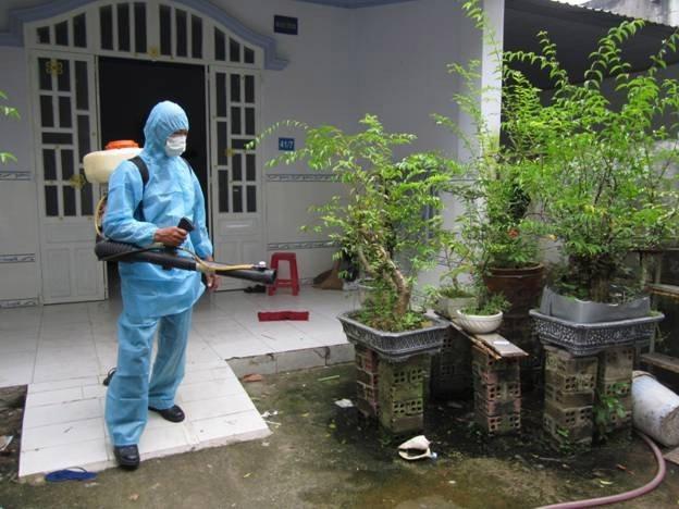 Vietnam Pest Control được đầu tư đầy đủ các , thiết bị, công cụ chuyên dụng và hiện đại, đảm bảo cho việc phun thuốc muỗi đúng theo liều lượng, thời gian