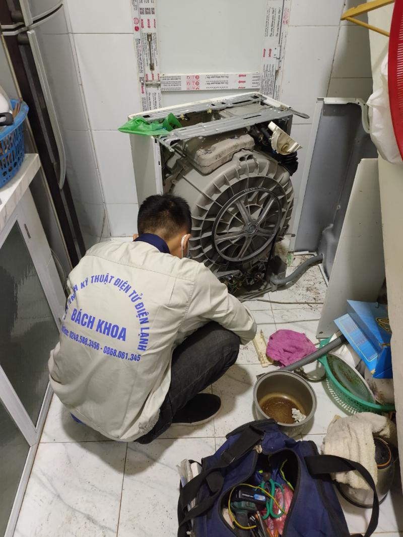 Công Ty TNHH Kỹ Thuật Điện Tử Điện Lạnh Bách Khoa