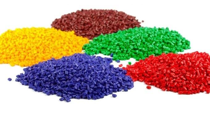 Hạt nhựa đã có màu