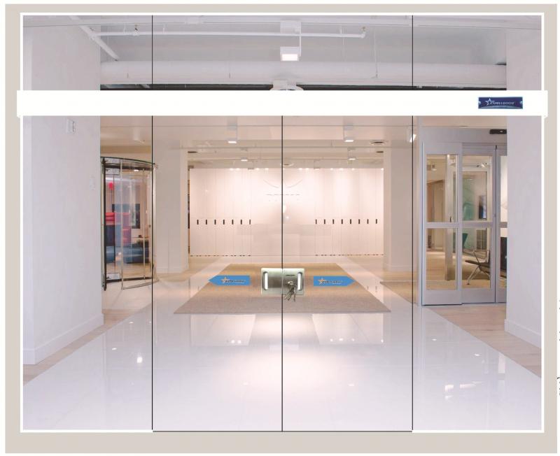 Cửa kính cường lực chất lượng, bền do Công ty TNHH sản xuất và thương mại Tiến Long lắp đặt