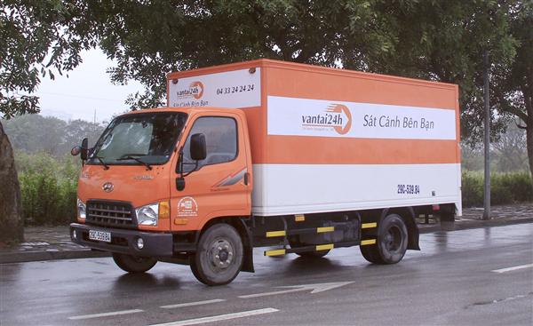 Công ty TNHH thương mại và dich vụ vận tải 24 giờ