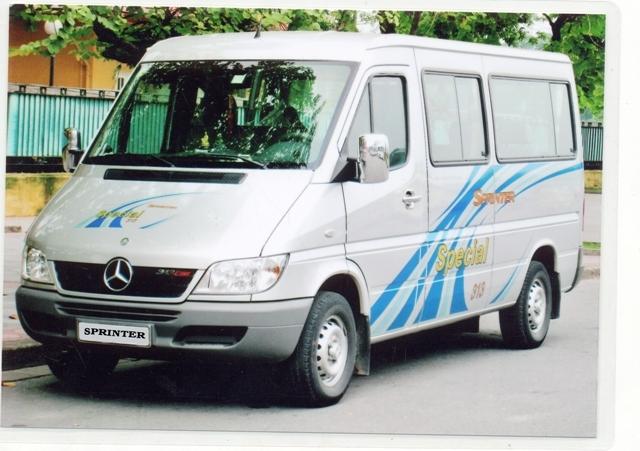 Ở công ty có cho thuê xe Mercedes Sprinter 16 chỗ.