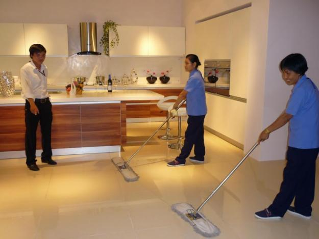 Dịch vụ cung cấp nhân viên tạp vụ vệ sinh của Hoàng Vũ Phong có nhiều ưu đãi về giá cả chất lượng khi quý khách trở thành đối tác lâu dài với công ty.