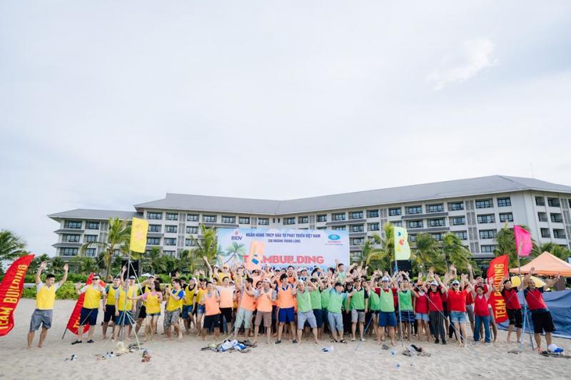 Công ty TNHH Truyền thông và Du Lịch Huyền Thoại Việt